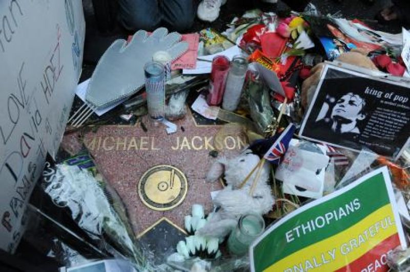Emails could be key in Michael Jackson wrongful death suit